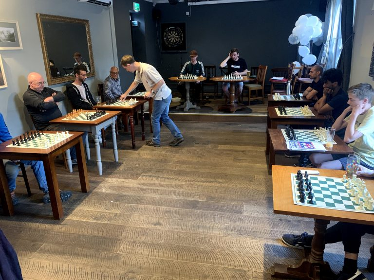 Read more about the article Simul with an International Master